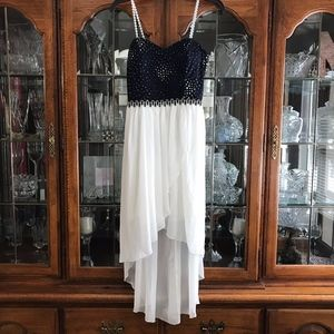 Dresses & Skirts - Womens Fancy Dress, Homecoming/Prom/Party